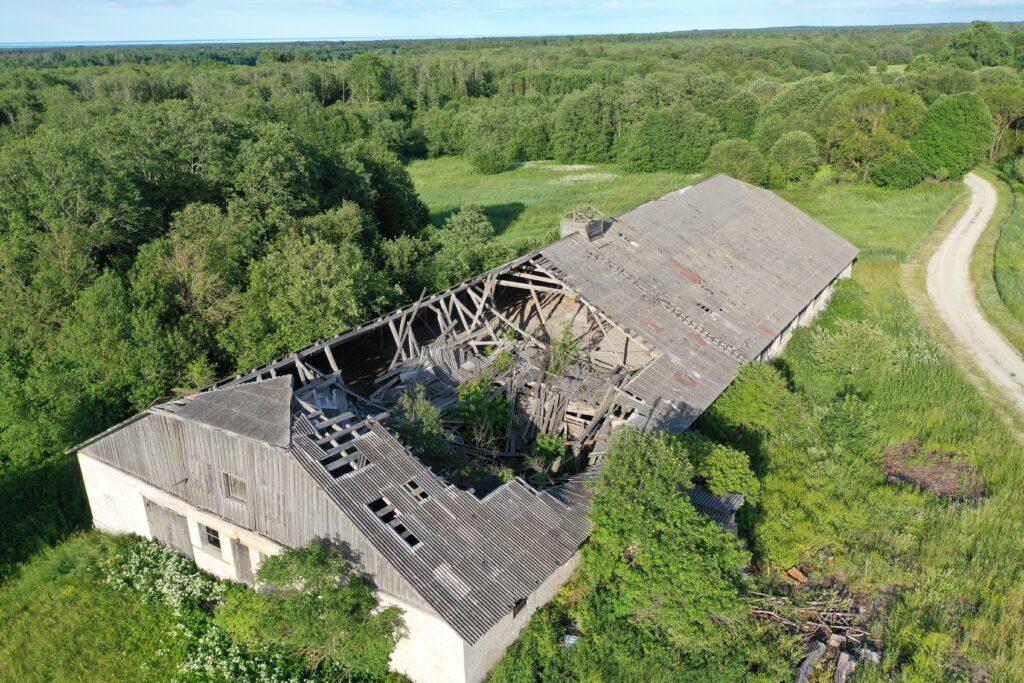 droonivaade - katkine katus