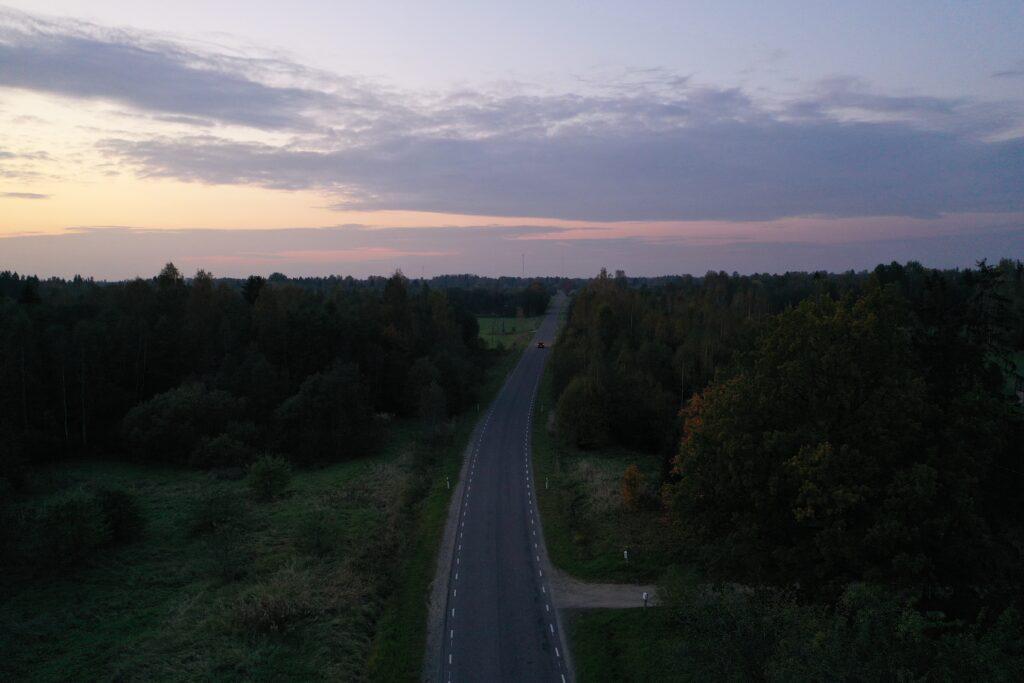 droonivaade - maantee